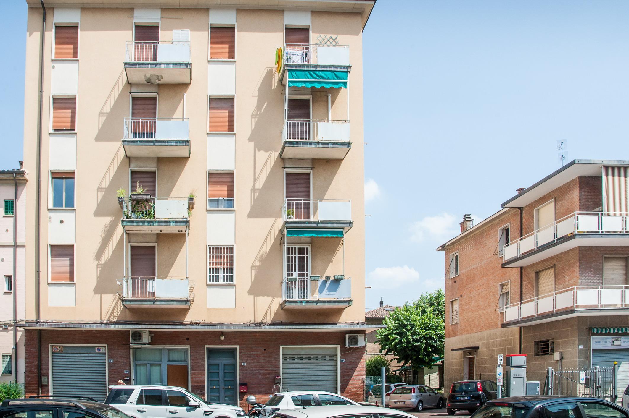 Via Agucchi 75 mq.