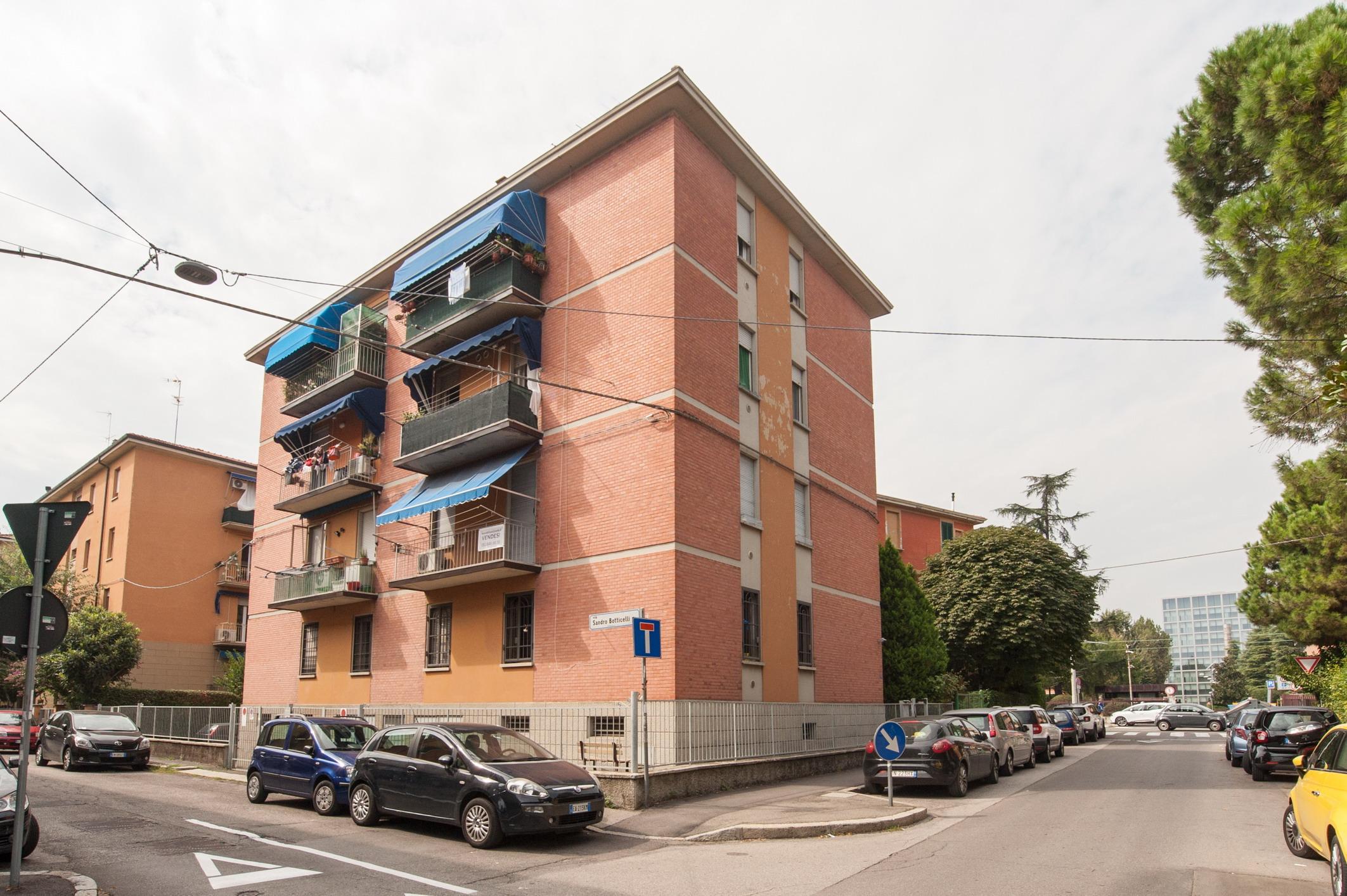 Via Melozzo da Forlì 95 mq.  199.000