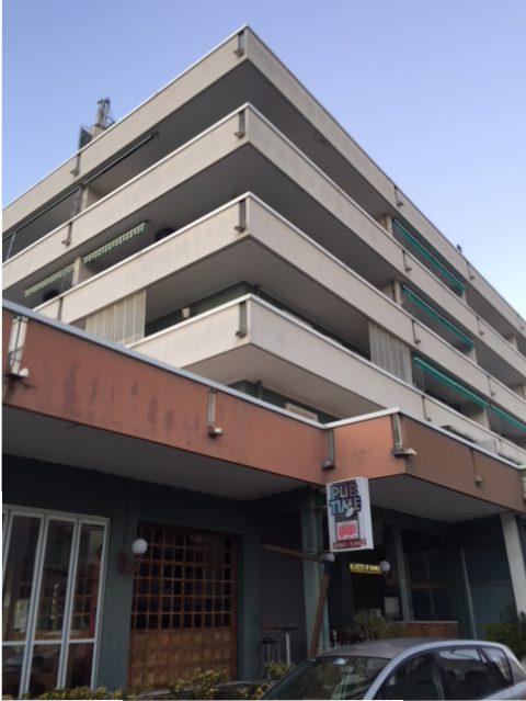 Riccione zona Alba 45 mq. con terrazzo di 15 140.000