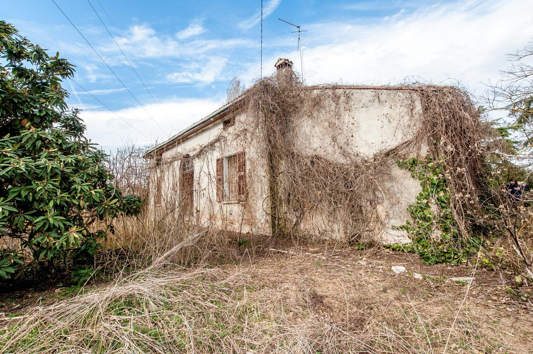 Via Gazza villa padronale di mq. 600 con giardino di 1.550 mq. 160.000