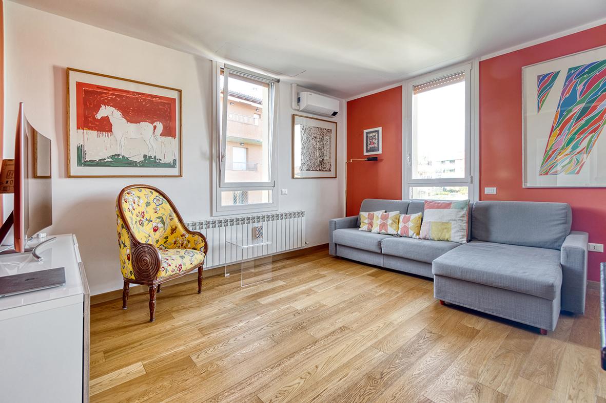 Vendita appartamento zona Meloncello 90 mq. ristrutturato