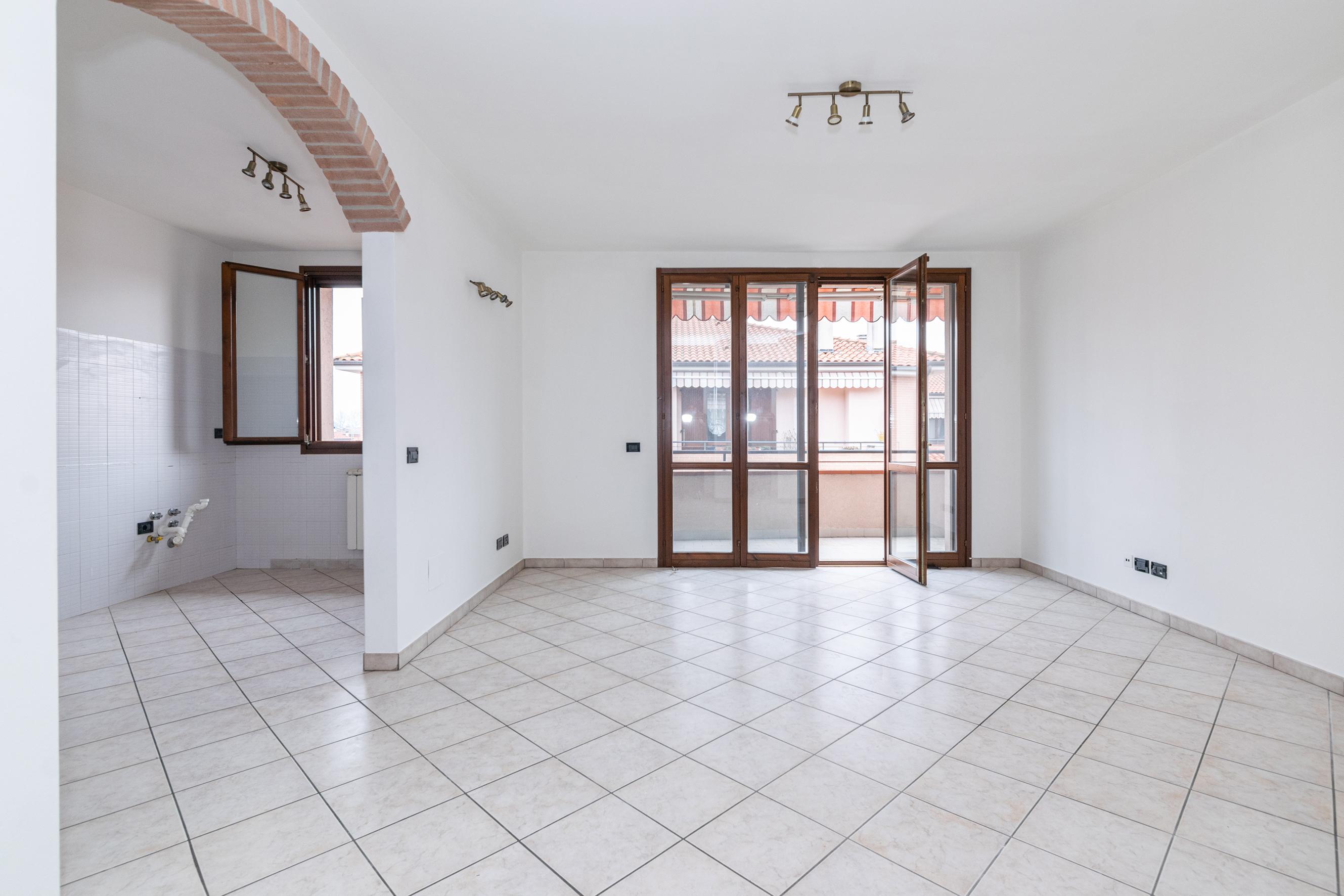 Appartamento in vendita Altedo 80 mq. con garage