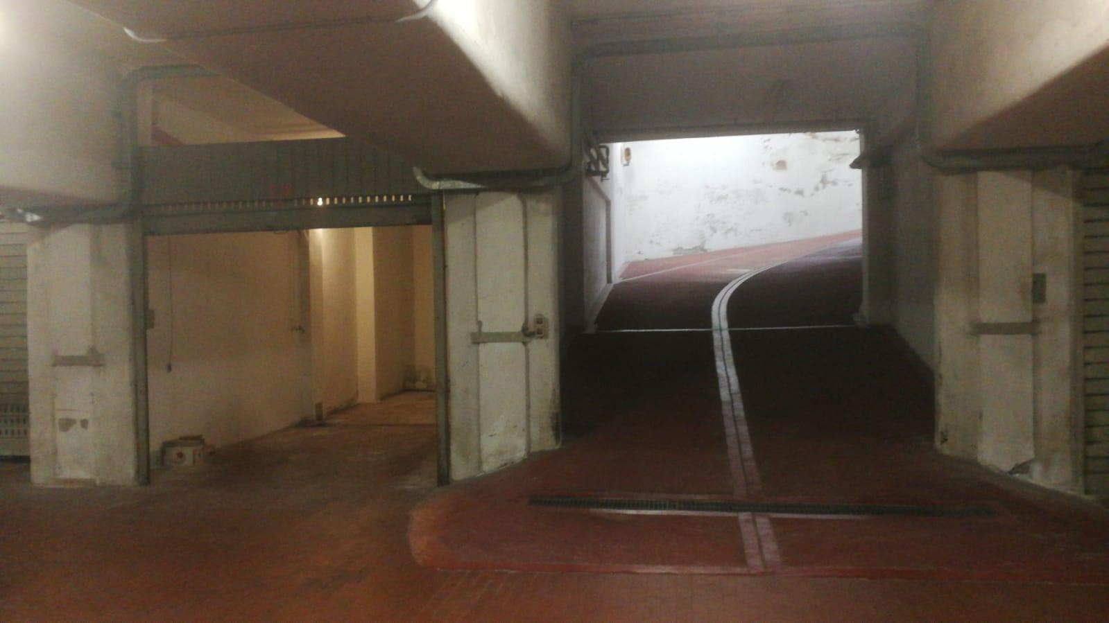 Garage doppio in vendita Via Milazzo 28 mq.