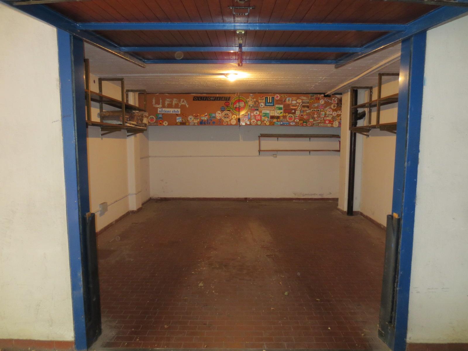 Centro Storico garage in vendita mq. 28 Viale Pietramellara 35
