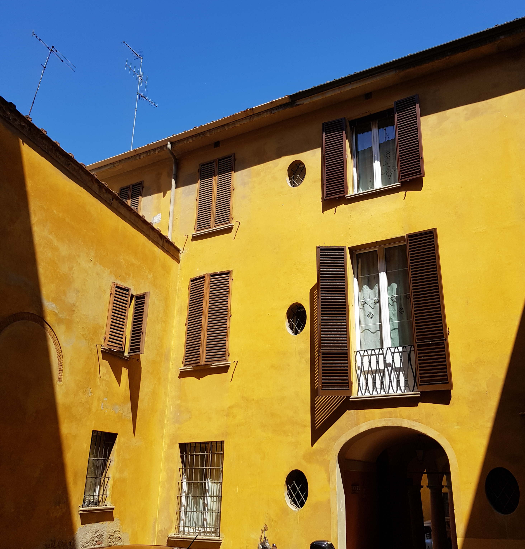Appartamento in vendita via San Vitale 65 mq.